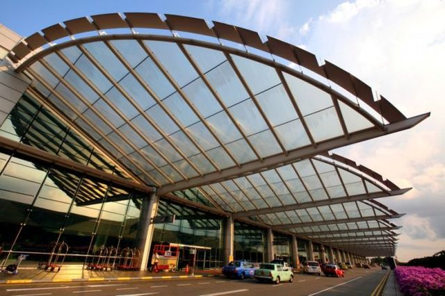 the-worlds-best-airport-28-pics_1