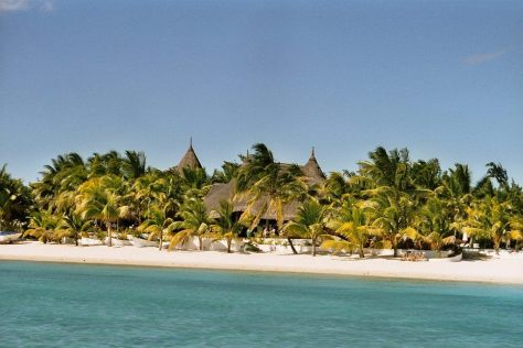 grand-bay-beach-mauritius-tropics-magazine.jpg