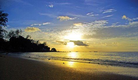 mont-choisy-beach-mauritius-tropics-magazine.jpg