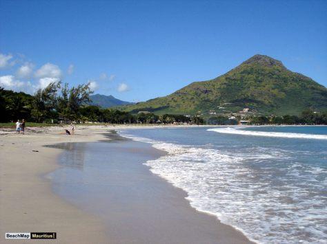 tamarin-beach-mauritius-tropics-magazine